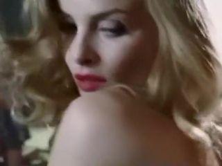 MOANA - Scene Sexy tratte dal Film 2009