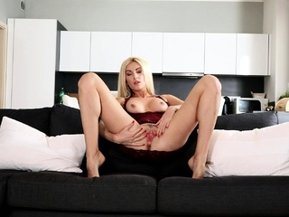 Euro Blonde Solo Masturbation