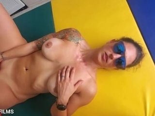 'Fit milf cumming in the gym for the whole neighborhood to see.'
