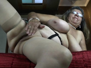 Classy granny with big tities and  Rossie from 1fuckdatecom