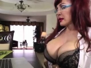 Mature brunette turned on watching boys