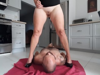 Toilet slave gets a mouthful of piss