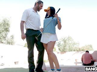 Layman Milf Golfer Has An irritant aperture everywhere two