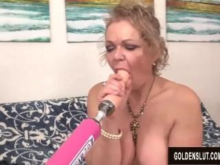 A porking Machine Makes naughty grannie Kelly Leigh orgasm