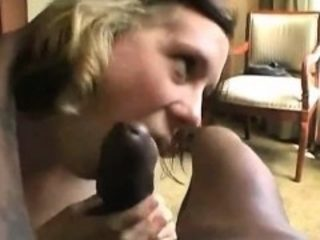 Interracial movie to piss her mother is made by inexperienc