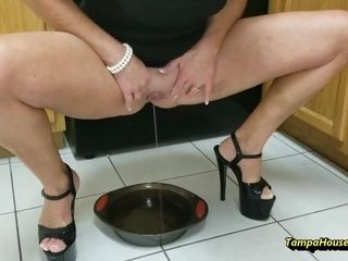 Ms Paris Rose - A Hot Blonde Housewife Will Pee Anywhere She Likes
