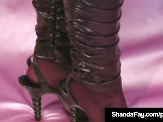 Gung-ho Housewife Shanda Fay Dildo Bangs Pussy concernCanadian junkg salaciousness!