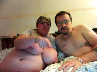 Mature with phat nips and wooly cooter on cam