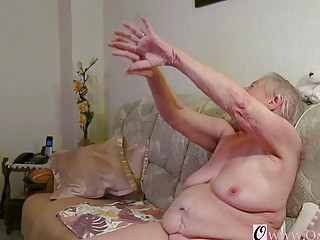 OmaGeiL almost Hundred Years senior granny nude