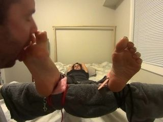 'Sexy Girl Has Her AMAZING Feet Lickle Tickle Tortured for the First Time! (FULL HD)'