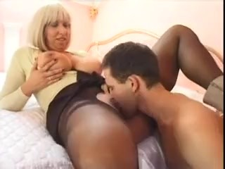 Fat humongous stepmom gets fucked unconnected with will not hear of snug stepson fidelity 1