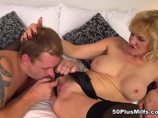A quiet country girl who loves cum - Molly Maracas and Thomas Lee - 50PlusMILFs