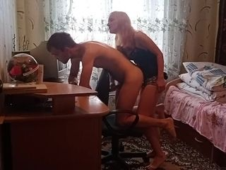 'Sexy teacher likes to fuck her student '