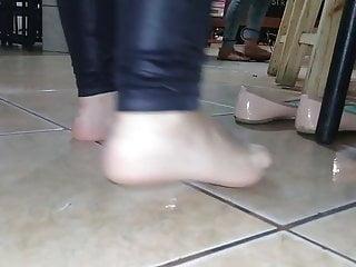 Beautiful VenezuelanFucked with whiteSoles,soles in her work