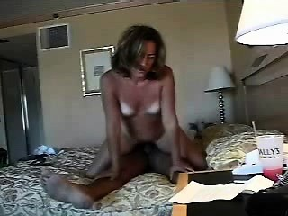 Maricruz from 1fuckdatecom - Hot mom