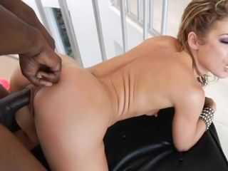 Sheena Shaw In Blonde Bombshell Sheena Used To Be An Anal Sex Machine In H