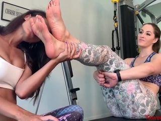 Lesbian Feet With Terra Mizu