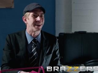 Brazzers - derisory Mr Big brass Lili Vanilli wants some chunky bushwa