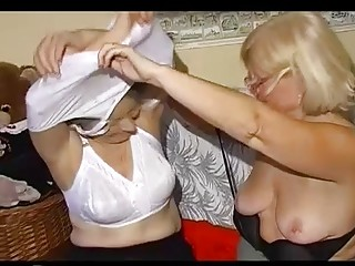 Duet of flabby disgusting grannies in bizarre lesbian video
