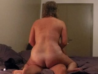 Real Milf Ride And Facial