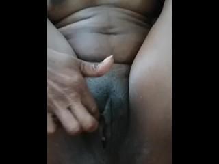 Hulking Pussy d�bouch� (Ava Carter) milf