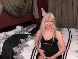 Horny blonde granny Cindy stripping