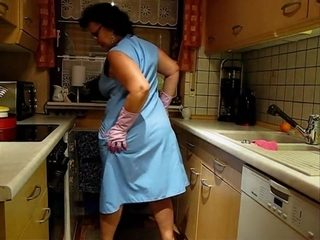 Mature Lady changing aprons