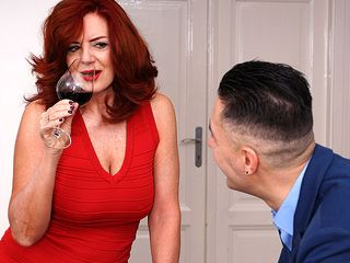 Molten COUGAR Andi James ravaging and getting a blasting climax