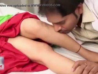 Hospital me Doctor or Husband ne Sath me choda Bhabhi ko
