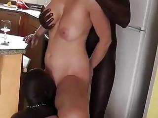 Massive boobs blonde wifey likes bbc on vacation