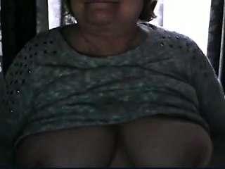 Gran Huge boobs Webcam