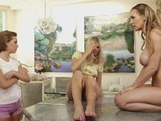 Horny house wife 2