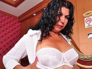 Molten Brazilian housewife toying with herself