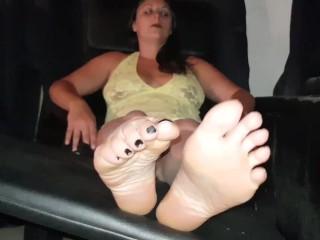 Worship every part of my perfect feet - latinafeet386
