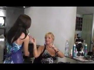 Orgy Lesbians in Hair Salon ch1