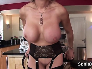 Unfaithful british mature gill ellis exposes her huge hooter