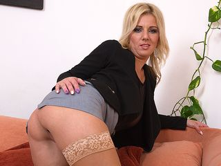 Super-Cute housewife frolicking with her moist snatch on the bed