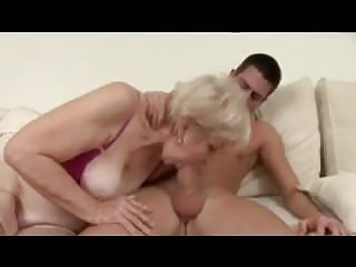 Light-complexioned Granny yon Stockyong Fucks