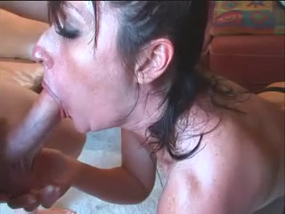 Amateur MILF Beckie Brian Takes Cock in the Ass