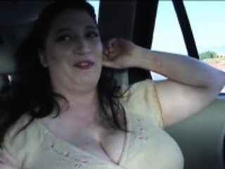 I just love seeing this sexy BBW wife expose herself on