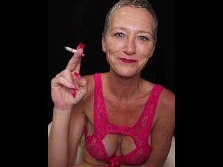 Do You Jerk Off To Kiki Deez Smoking