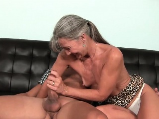 Unpropitious cougar tugging load of shit plough cum