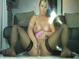 Wife masturbate and squirt a lot