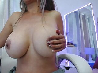 Colombian Milf Alicia with beautiful big tits