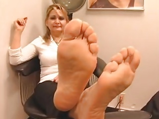 Socks with an increment of soles 2 (mature spanish)
