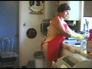 Hairy Housewife does everything