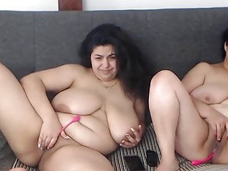 Two chubby matures are naked on webcam