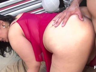 Libidinous hispanic MILF energizing sex video