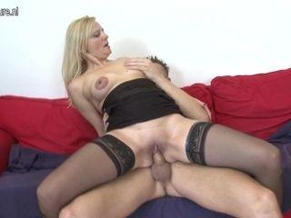 Horny Mature Slut Having Great Sex With Her Toy Boy - MatureNL