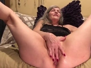 'Mature MILF PAWG Soles Up Hot Pussy Play Anal Fingers, Dildo, Vibe Pt. 1'